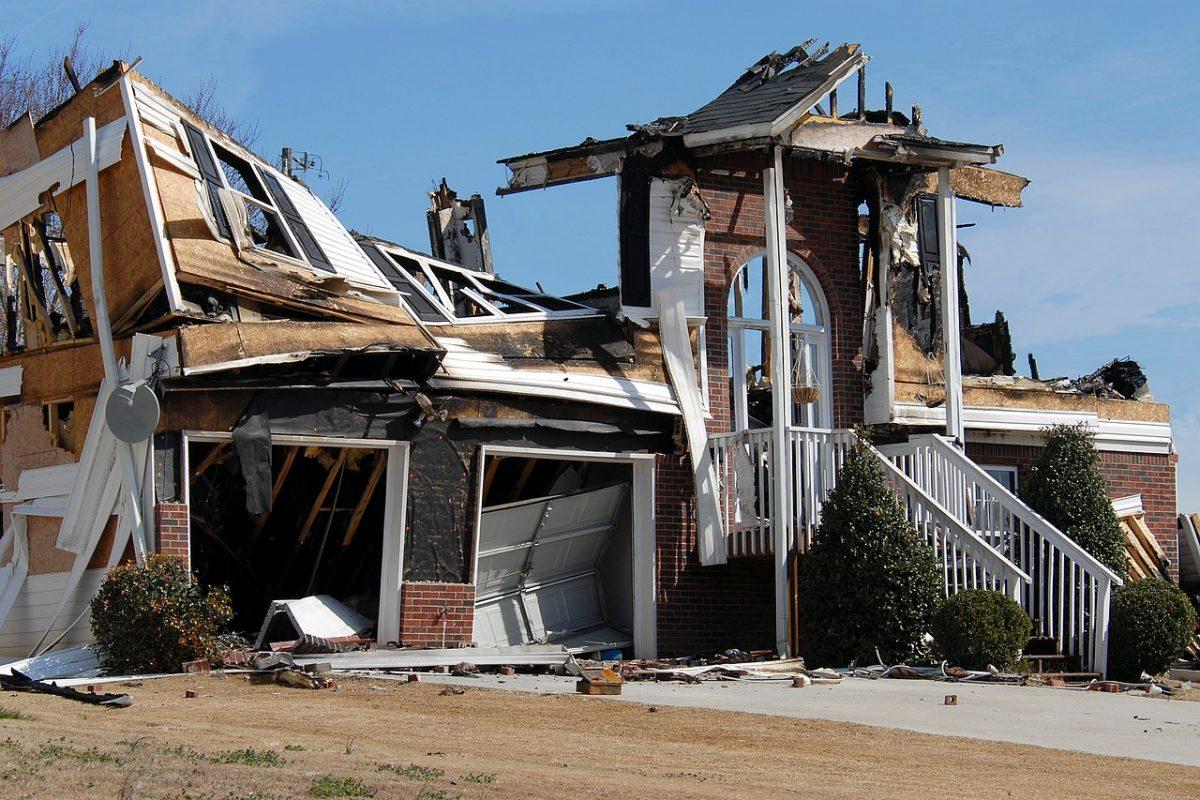 House Fire Home Fire Danger Fireman Smoke
