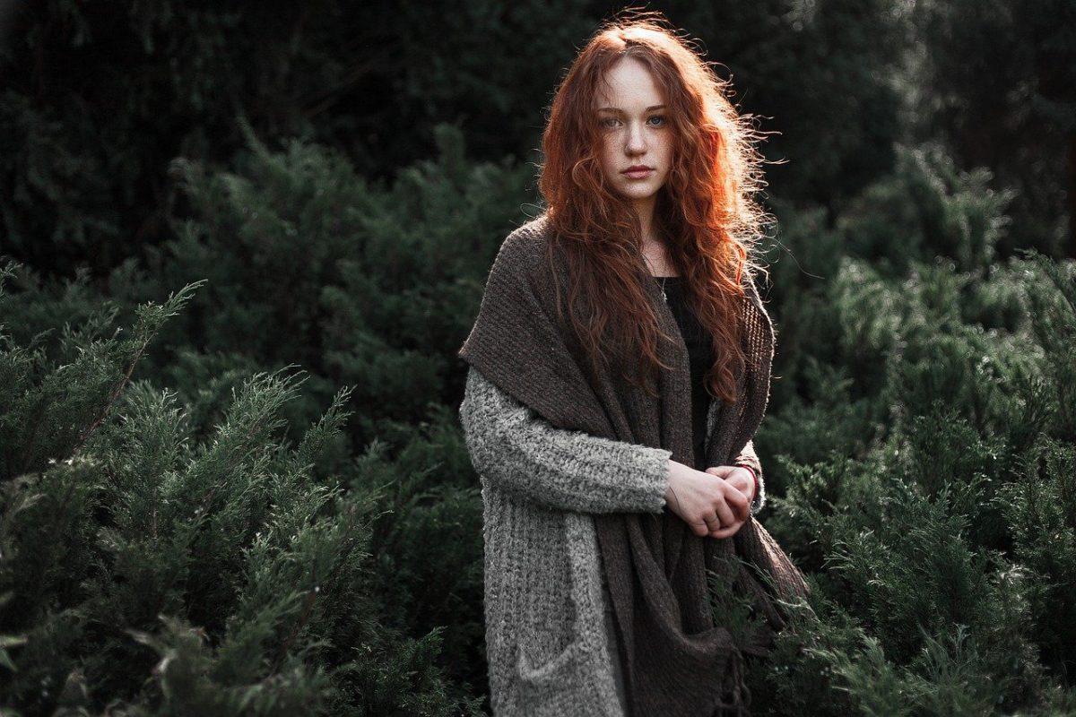 Woman Redhead Scarf Knitted Knitwear Fashion